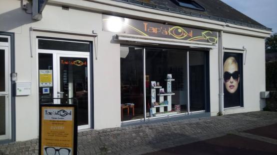 Boutique d'optique vue extérieur